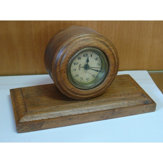 Clock from wood